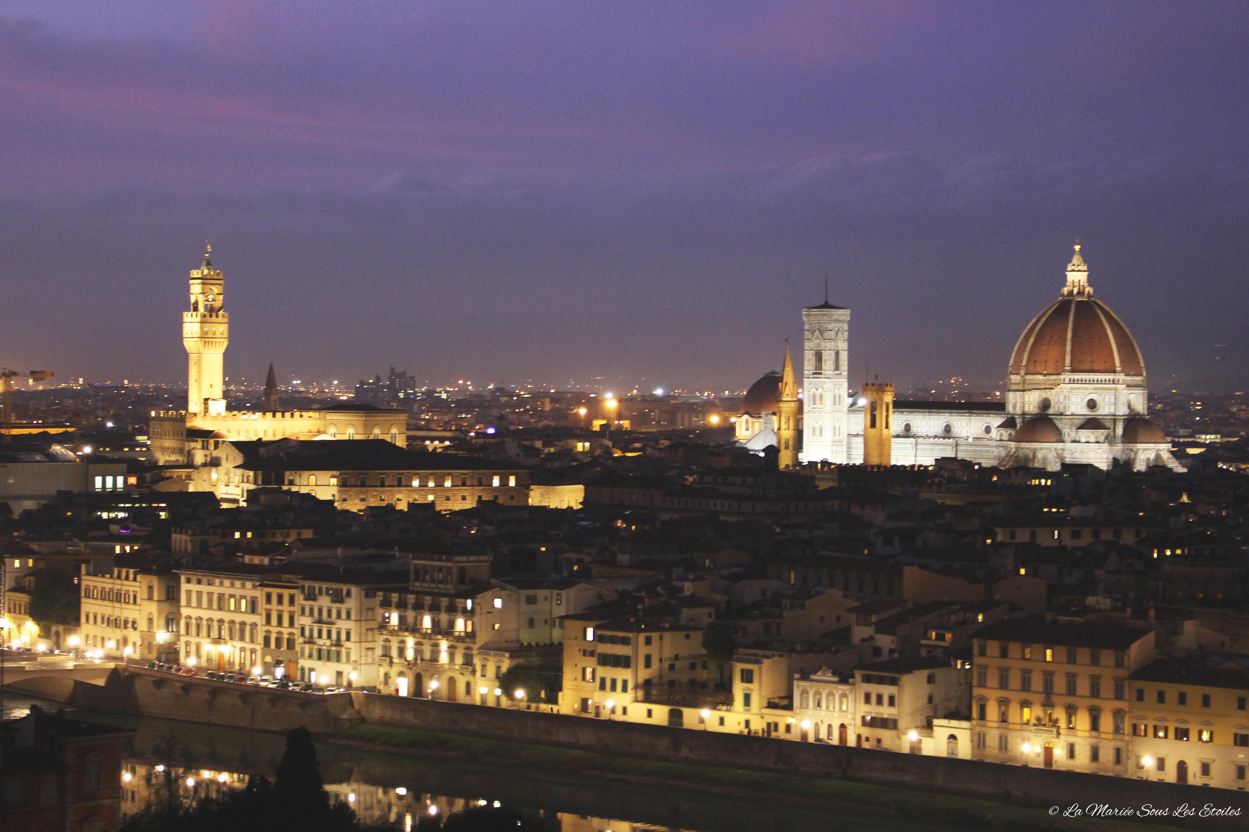 Vue nocturne sur Firenze | Voyage en amoureux - Florence