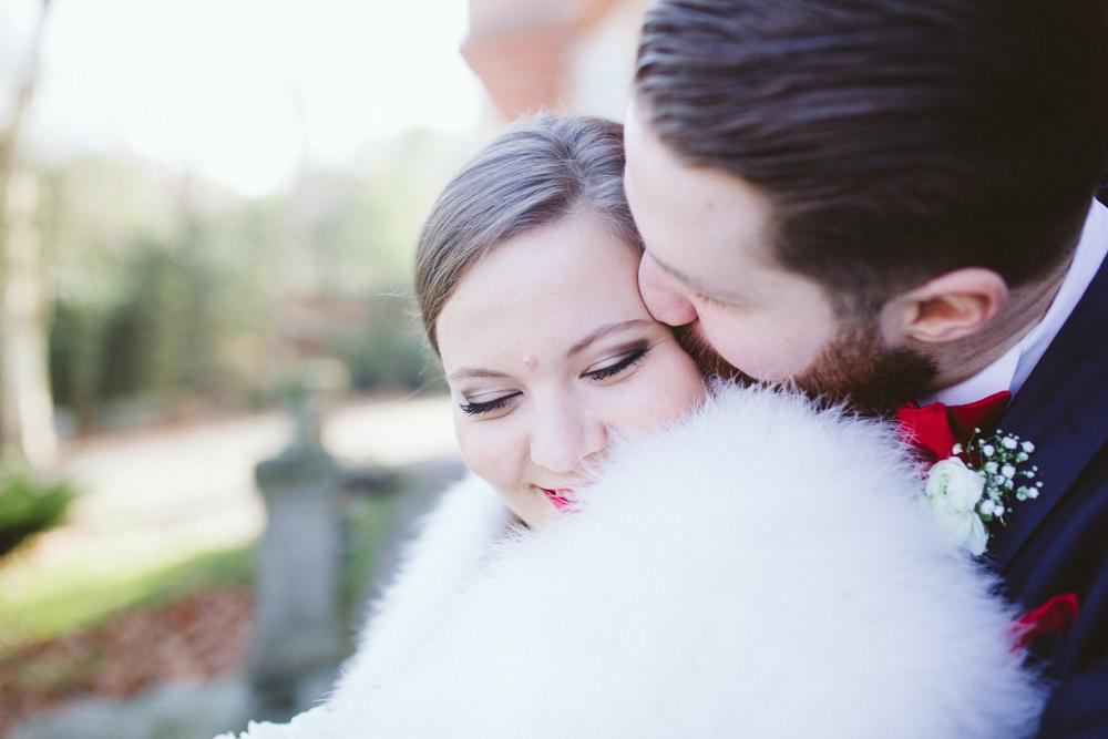 Camille & Antoine - Mariage en hiver d'amour et de rouge -Credit Alex Tome www.alextome.com - Blog mariage La Mariee Sous Les Etoiles (42)