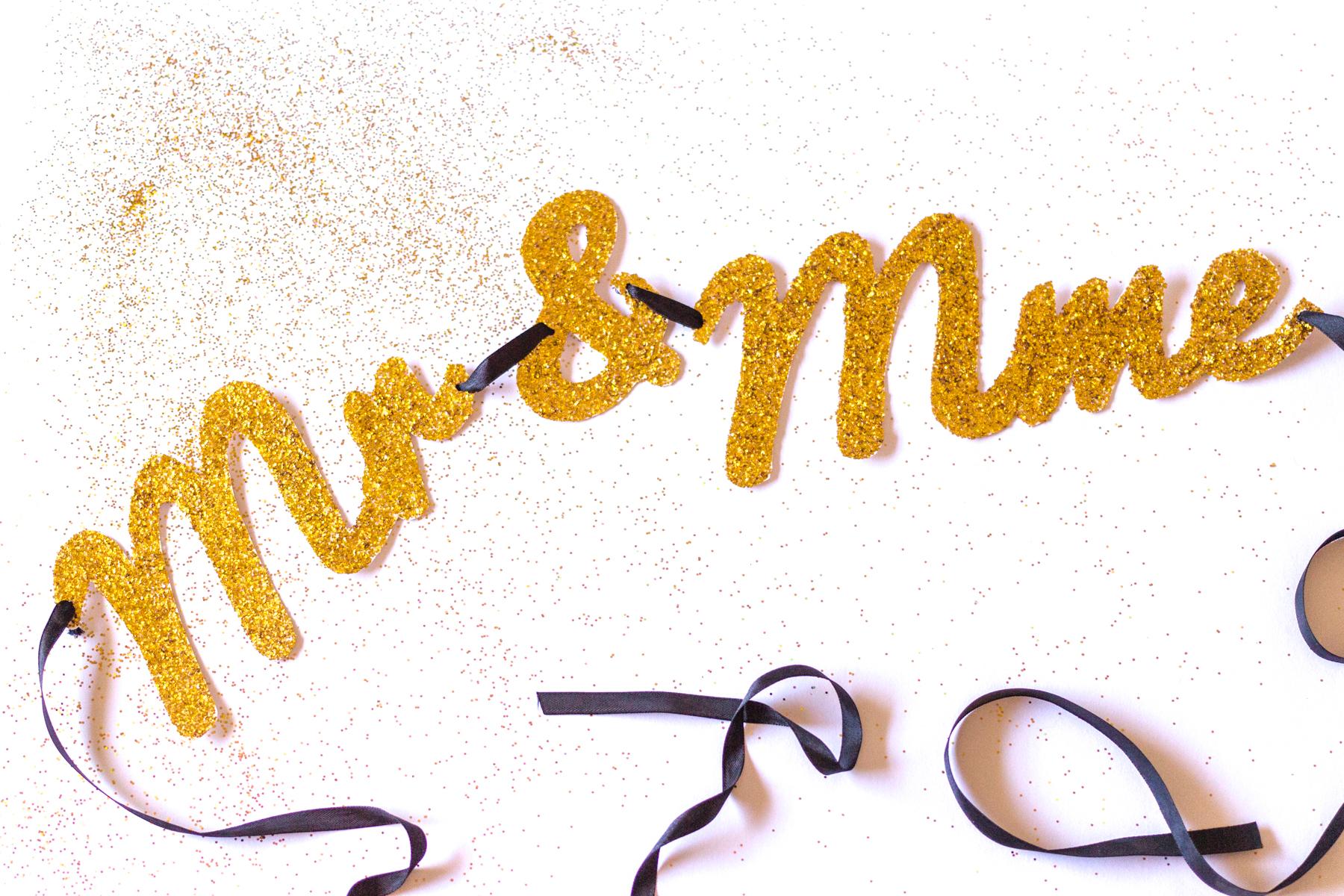 Guirlande DiY Monsieur & Madame | Atelier do it yourself | Blog mariage La Mariée Sous Les Etoiles