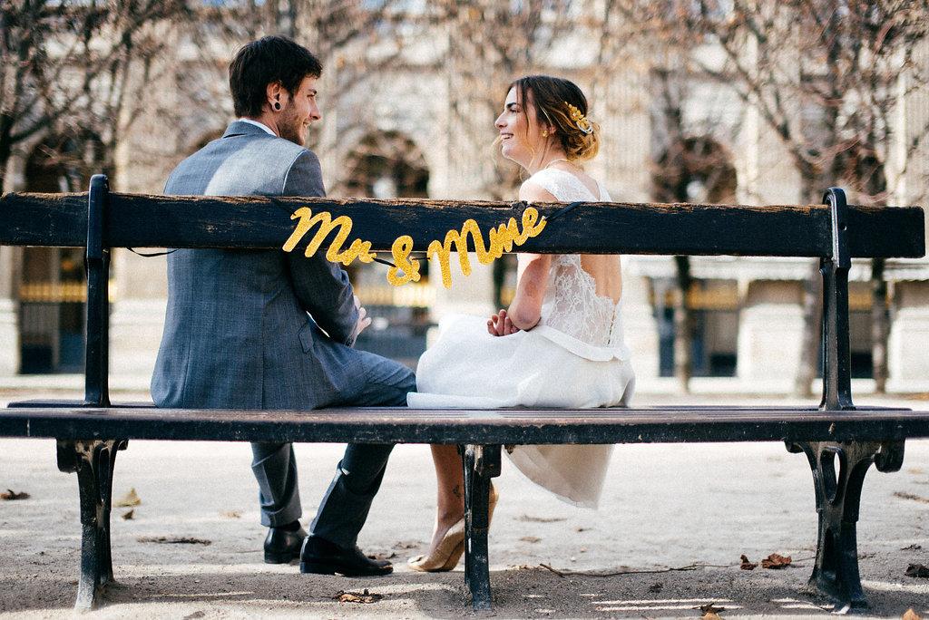 Guirlande DiY Monsieur & Madame | Atelier do it yourself | Blog mariage La Mariée Sous Les Etoiles | Crédit Charles Seguy