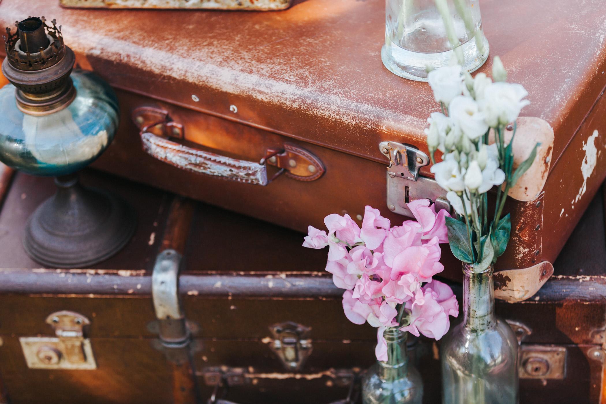shooting-dinspiration-un-mariage-au-printemps-blog-la-mariee-sous-les-etoiles-credit-the-flying-poodle-9