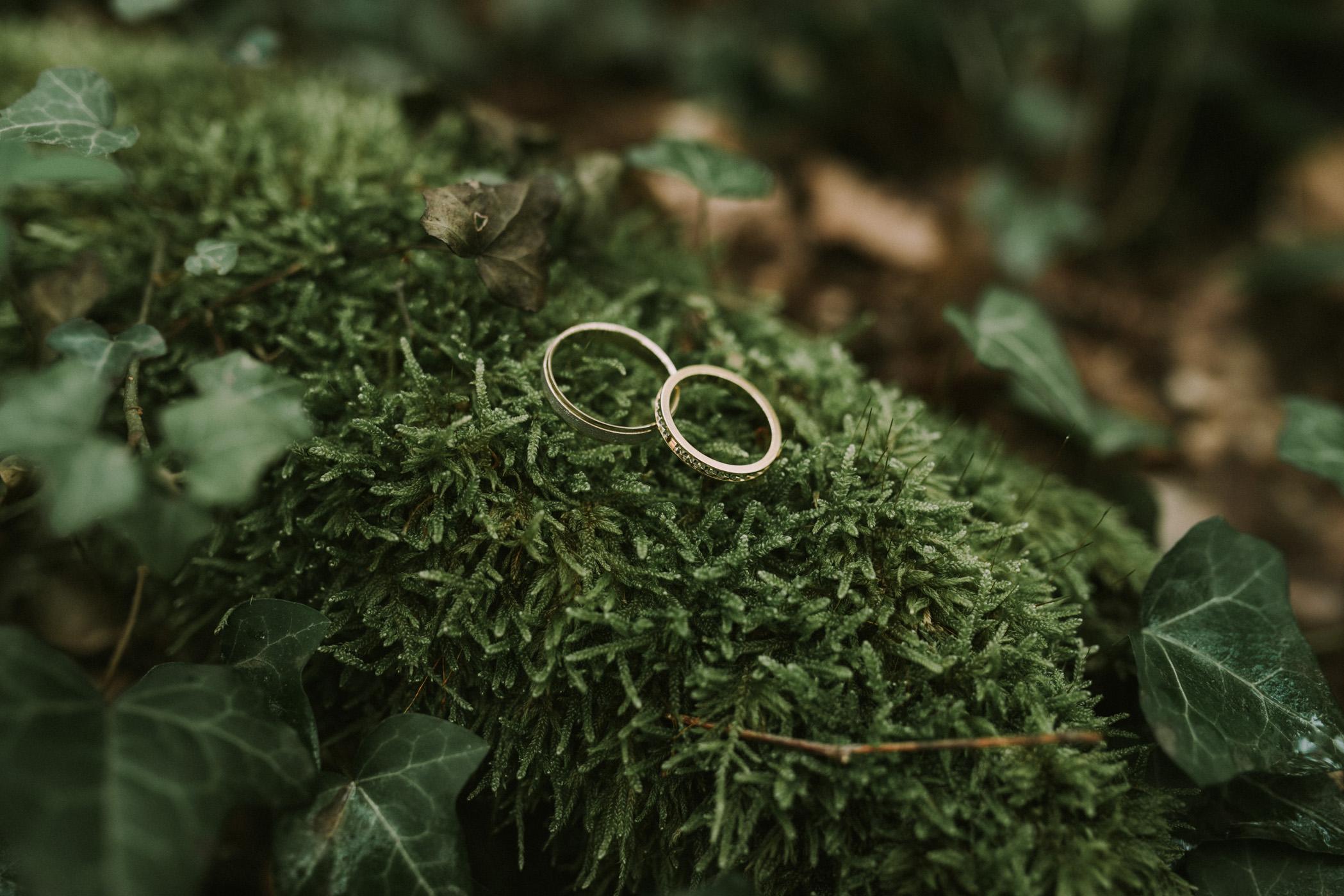 sun-drops-down-shooting-dinspiration-automnal-sous-les-bois-en-dordogne-blog-mariage-la-mariee-sous-les-etoiles-photo-mira-al-pajarito-11