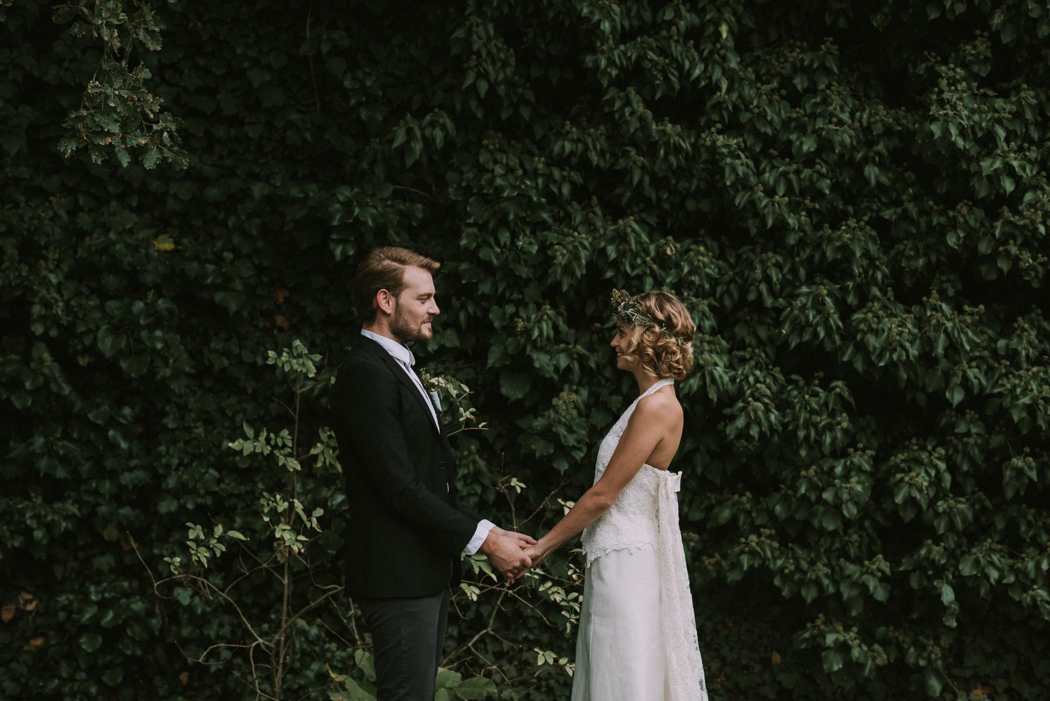 sun-drops-down-shooting-dinspiration-automnal-sous-les-bois-en-dordogne-blog-mariage-la-mariee-sous-les-etoiles-photo-mira-al-pajarito-52