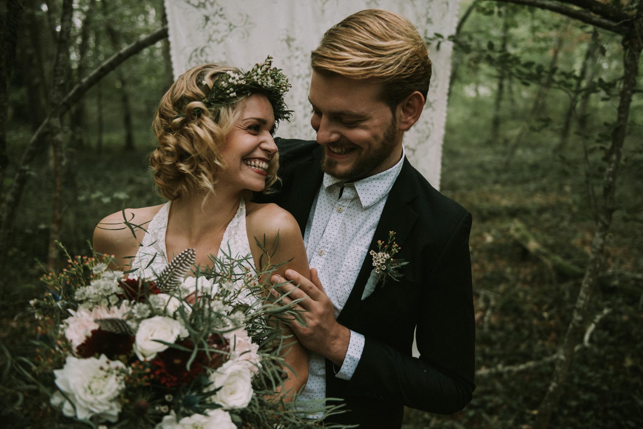 sun-drops-down-shooting-dinspiration-automnal-sous-les-bois-en-dordogne-blog-mariage-la-mariee-sous-les-etoiles-photo-mira-al-pajarito-74