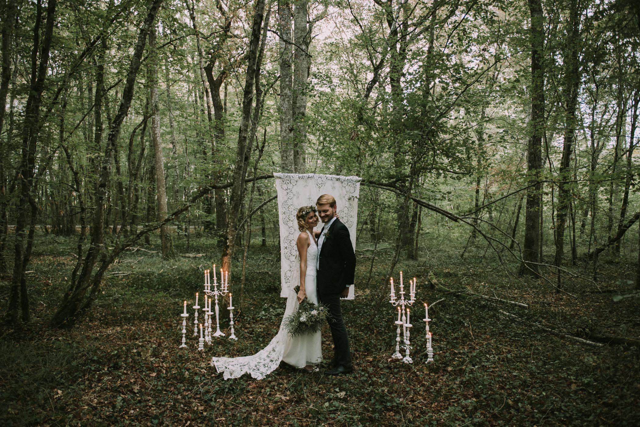 sun-drops-down-shooting-dinspiration-automnal-sous-les-bois-en-dordogne-blog-mariage-la-mariee-sous-les-etoiles-photo-mira-al-pajarito-85
