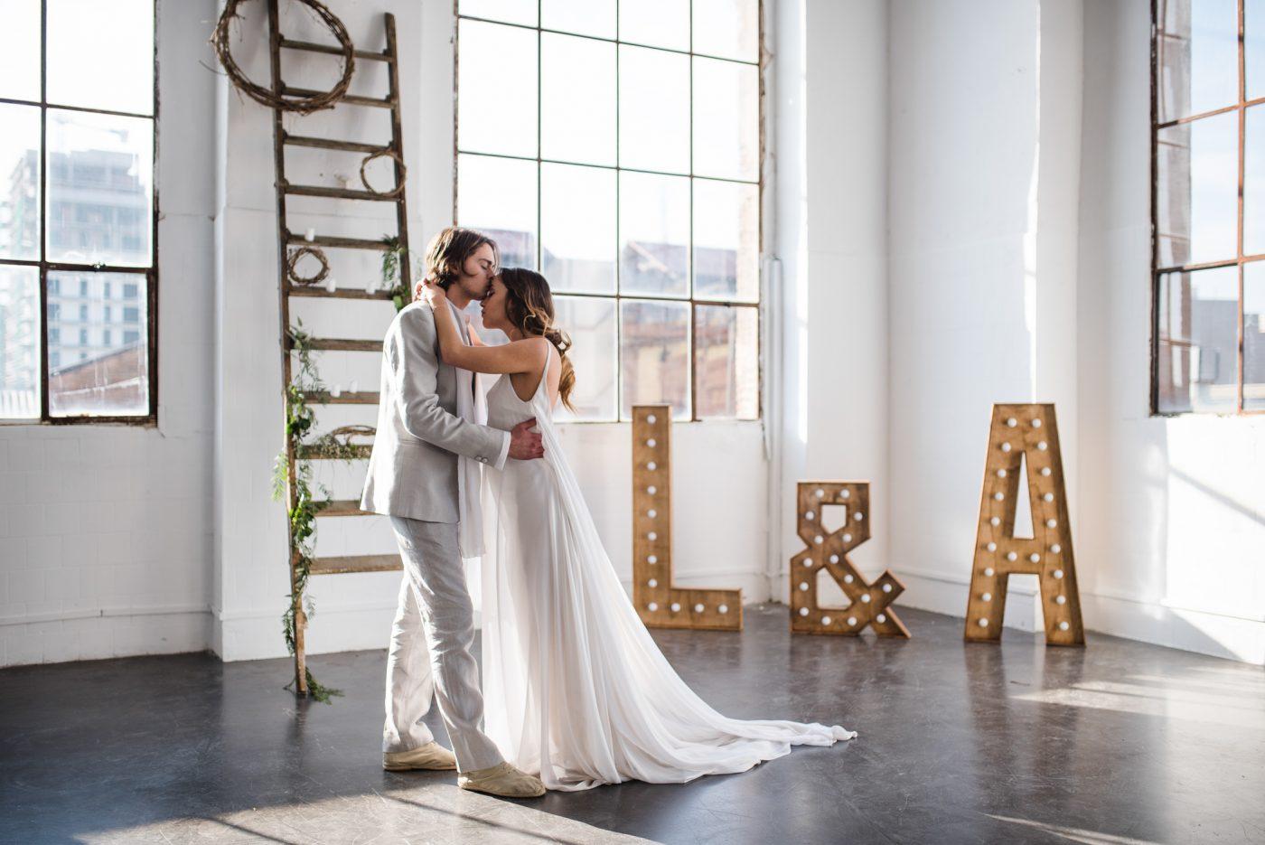comment laborer l 39 identit visuelle de son mariage la mari e sous les etoiles. Black Bedroom Furniture Sets. Home Design Ideas