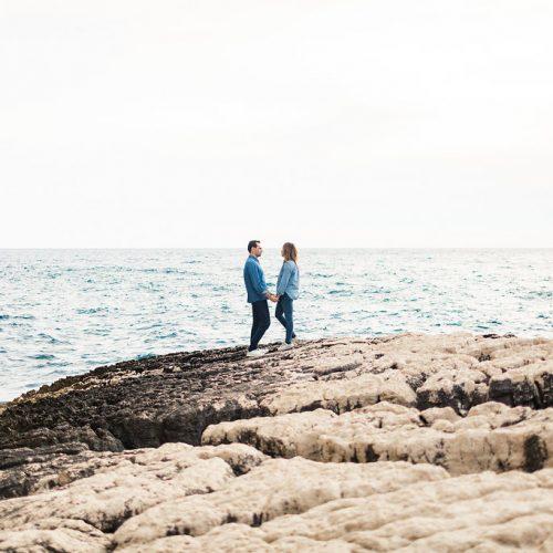 Morgane + Nicolas • Une séance engagement en bord de mer