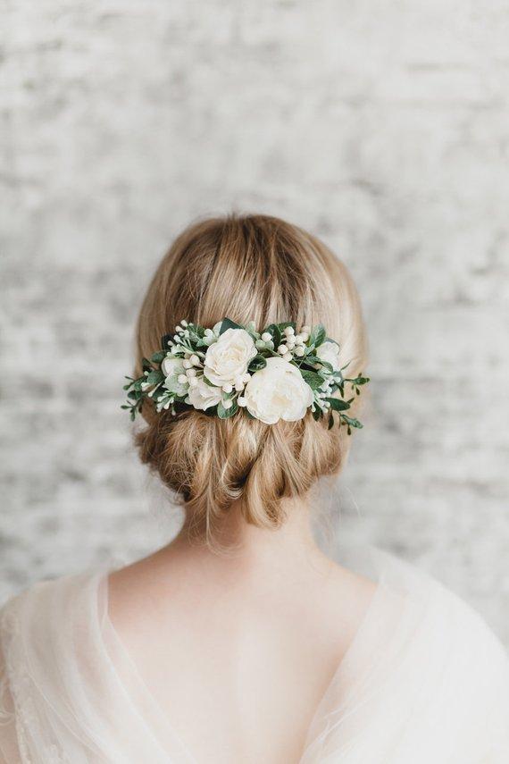 Peigne à cheveux fleurs blanches