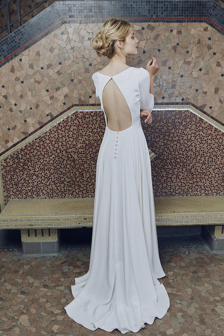 1393a715757  Anne de Lafforest  collection 2019  made in France  Paris  robes de mariée