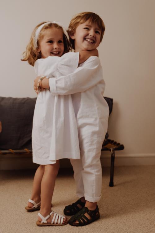 Donatelle Godart x La Démo | tenues de cérémonie pour enfants |Crédit Photo - Matt Da | Blog mariage La Mariée Sous Les Etoiles