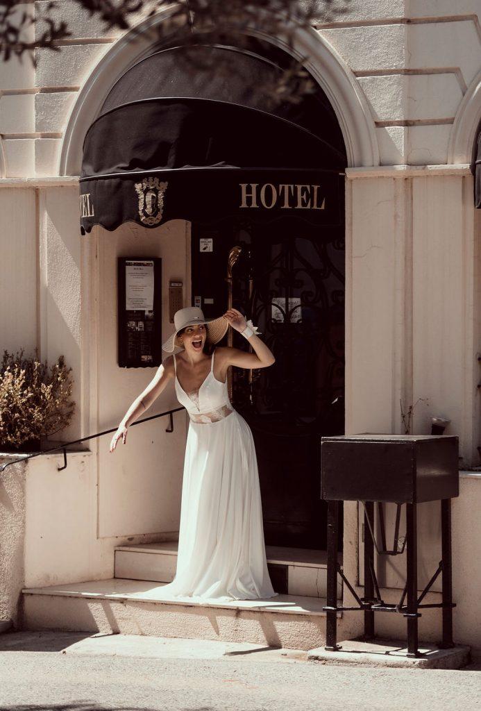 Découvrez la nouvelle collection 2021 de robes de mariée signée Audacieuse Adélaïde capturée par Arty photos