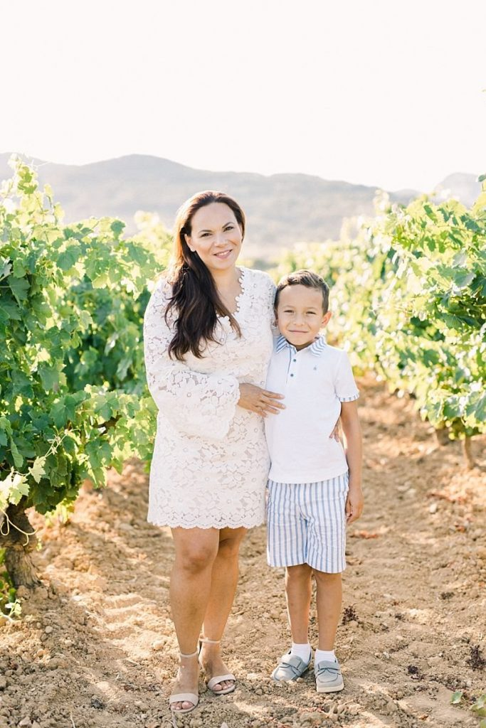 Diana + Virgile • Portrait de famille au cœur du vignoble de Bandol | Jérémie Hkb Photography | La Mariée Sous Les Etoiles