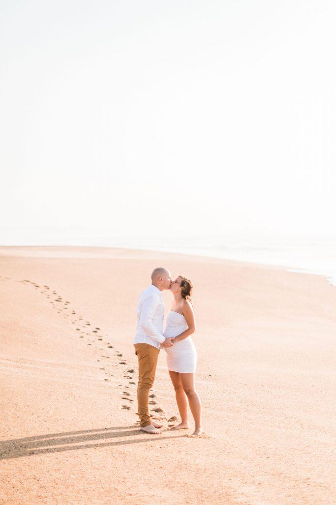 Gaelyn + David • séance grossesse en bord de mer dans les Landes   Mathieu Dété   La Mariée Sous Les Etoiles